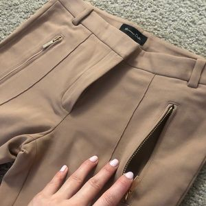 Massimo Dutti Pants & Jumpsuits - Massimo Dutti Pants/Never wore/Awesome quality!